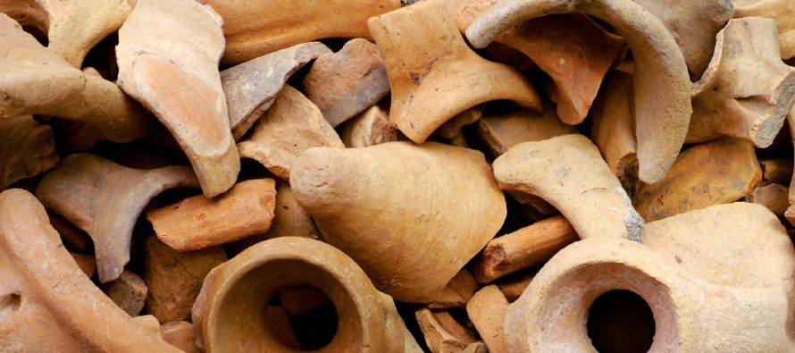 Lusitanian Amphorae in Carthago Nova (Cartagena, Spain): Distribution and Research Questions